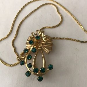 Vintage gold and emerald brooch and necklace